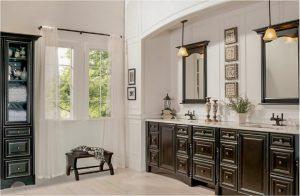 bathroom-cabinets-in- Duluth-ga-black-shiny-vanity